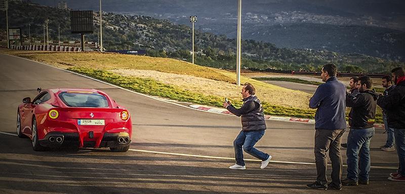360 Video Ferrari F12